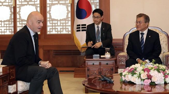 FIFA President meets President of Korea Republic Moon Jae-in